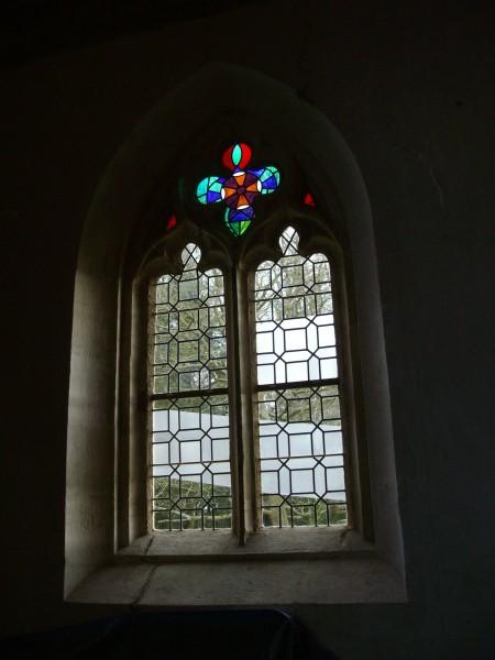 Notre Dame des Neiges - Plouëc-du-Trieux 2015 - vue intérieure fenêtre sud-est
