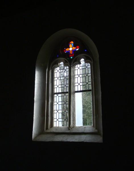 Notre Dame des Neiges - Plouëc-du-Trieux 2015 - vue intérieure fenêtre sud-ouest