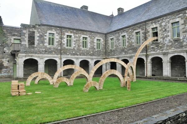 Chez monsieur D. - Abbaye de Bon Repos, saint Gelven 2015 - vue d'ensemble